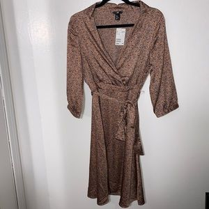 H&M Multi colored belted long sleeve dress